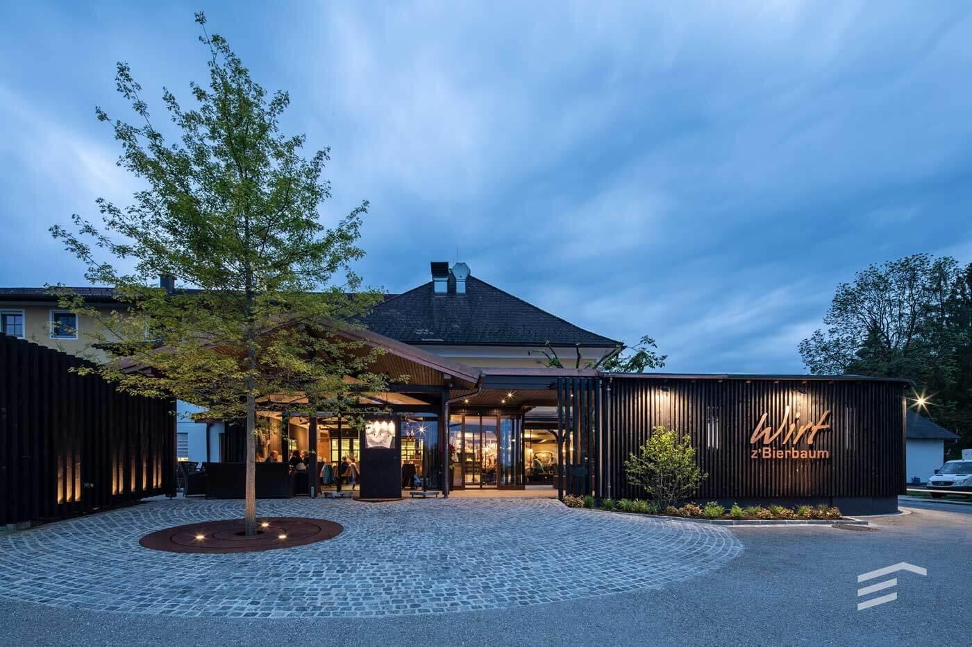 Gasthaus Muhr Eingang Beleuchtung